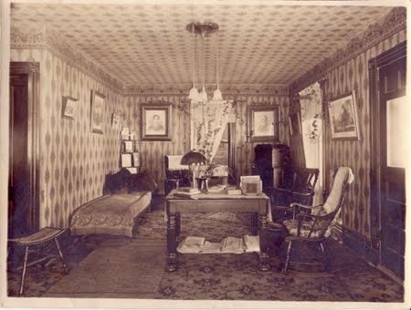 Victorian era bedroom